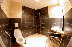 Refuge du Sotre salle de bains amenagee