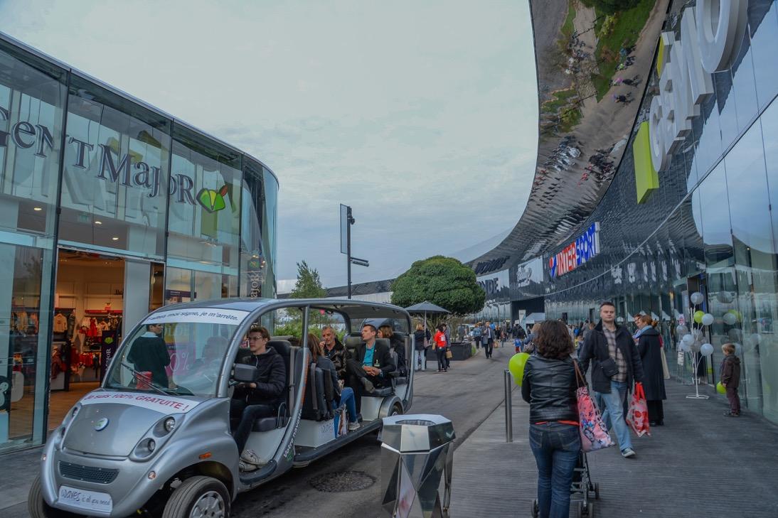 Accessibilit waves un nouveau centre commercial presque parfait faire face toute l - Nouveau centre commercial roncq ...