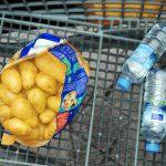 L'alimentation constitue le troisième poste de dépenses le plus important selon le rapport 2015 de l'Observatoire national de la pauvreté et de l'exclusion sociale. Les ménages y consacrent de 14 à 22 % de leurs ressources. ©Sébastien Le Clézio