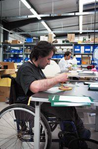 Cap emploi, qui suit les demandeurs d'emploi nécessitant, « au regard de leur handicap, un accompagnement spécialisé de leur parcours d'insertion professionnelle », a accompagné près de 180 000 demandeurs d'emploi handicapés en 2014. © Sébastien Le Clézio