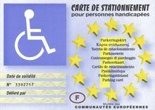 le stationnement devient gratuit pour les personnes handicap es faire face toute l 39 actualit. Black Bedroom Furniture Sets. Home Design Ideas