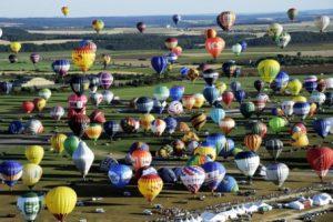 408 montgolfières dans le ciel Lorrain, le 31 juillet 2013. © Alexandre Marchi.