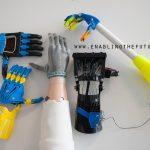 Exemples de prothèses imprimées en 3D. © Enablingthefuture.org