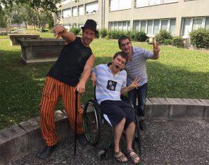 Emmanuel, Loïc et Gontrand, trois comédiens compétents avant d'être en situation de handicap