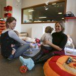La crèche Les Petits Merlins à Rennes : un bel exemple de mixité entre enfants en situation de handicap et enfants valides. © Céline Diais