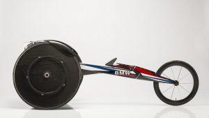 L'équipe d'athlétisme des Etats-Unis concourt avec des fauteuils conçus par BMW.