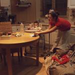 """""""Le parent aidant, un autre statut possible ?"""" : l'une des questions posées dans la vidéo Journée marathon."""