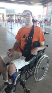 Ce lundi 5 septembre à l'aéroport de Bordeaux, Nicolas Morvan, 33 ans, a été débarqué d'un vol Easyjet en raison de son handicap. © DR