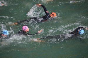 Cinq athlètes français participeront aux premiers triathlons paralympiques (natation, cyclisme et course).