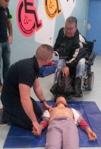 Exercice de mise en situation avec Jean, un stagiaire de l'APF 13