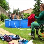 «C'est important que les autres mamans puissent me faire confiance», dit Delphine dans le documentaire Handicapées et alors ! Ces mamans extraordinaires. © Téva