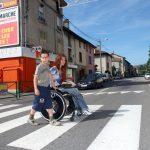 Les besoins des parents handicapés ne seront que partiellement couverts car les temps d'aide humaine accordés, au titre de la prestation de compensation du handicap, seront limités. ©Daniel Paraz