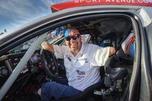 Philippe au volant de son buggy aménagé @ Dakarpress