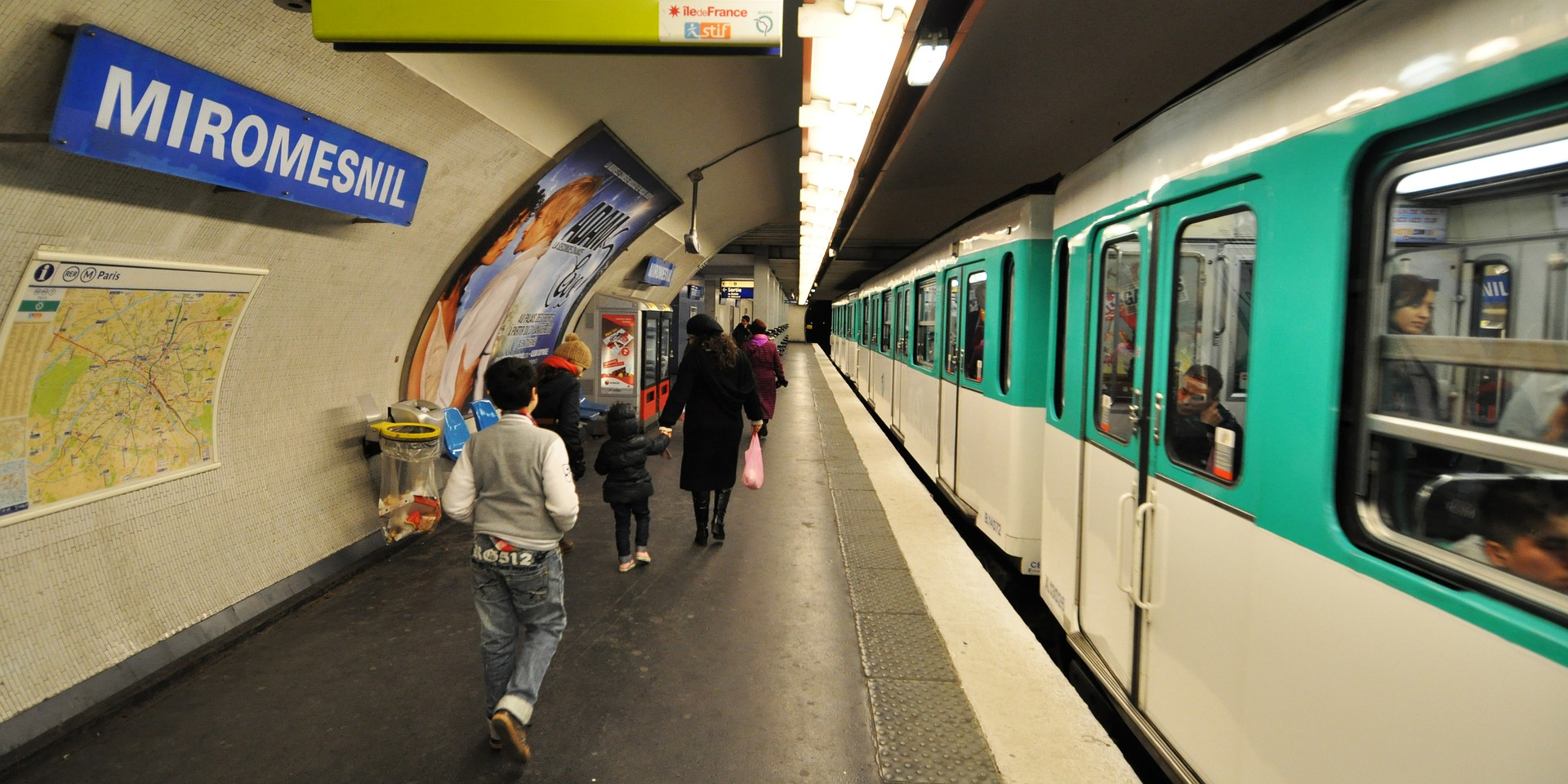 tous les transports en commun vont devenir gratuits pour les parisiens handicap s faire face. Black Bedroom Furniture Sets. Home Design Ideas