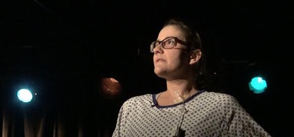 « Dans mon one-woman-show, j'ai choisi de faire rire avec ma sclérose en plaques. »